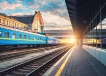 Нові послаблення з 1 червня: залізниця, автошколи, басейни